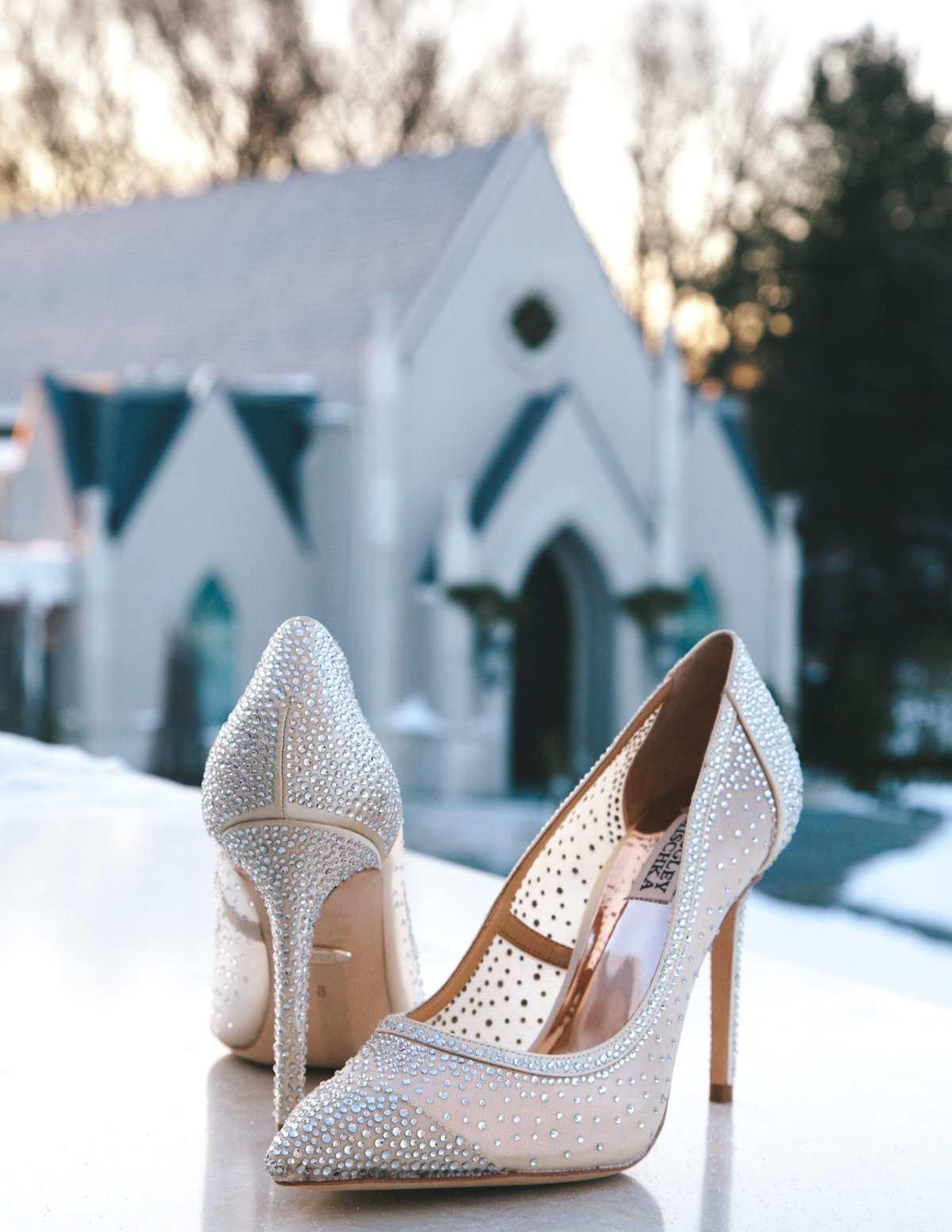 Jak wybrać odpowiednie buty ślubne