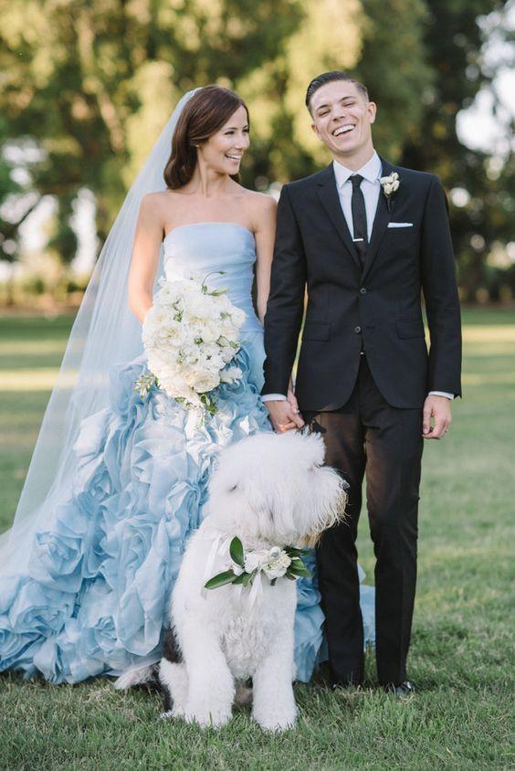 6 pomysłów na wykorzystanie koloru roku - classic blue podczas wesela